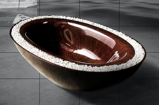 Изысканная деревянная ванна